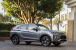 2020 Mitsubishi Eclipse Cross SEL S-AWC in Alloy Silver Metallic - Static Front Right Three-quarter View