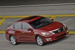 2013 Nissan Altima Sedan 3.5 SL in Cayenne Red Metallic - Driving Right Side View