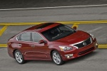 2014 Nissan Altima Sedan 3.5 SL in Cayenne Red Metallic - Driving Right Side View