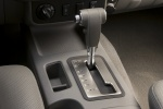 2013 Nissan Frontier Crew Cab PRO-4X 4WD Gear Lever