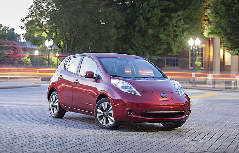 2013 Nissan Leaf in Cayenne Red from a front right three-quarter view