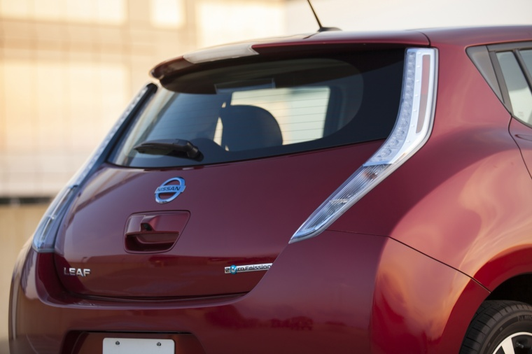 2014 Nissan Leaf Tail Light