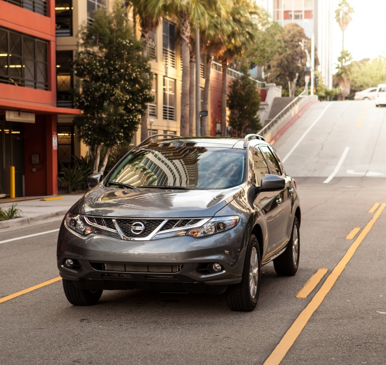 Driving 2013 Nissan Murano SL in Gun Metallic from a front left view