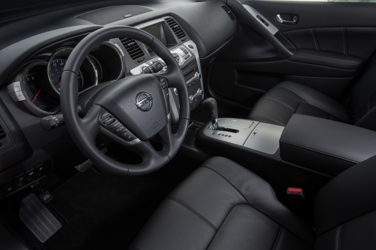 2013 Nissan Murano SL Interior in Black