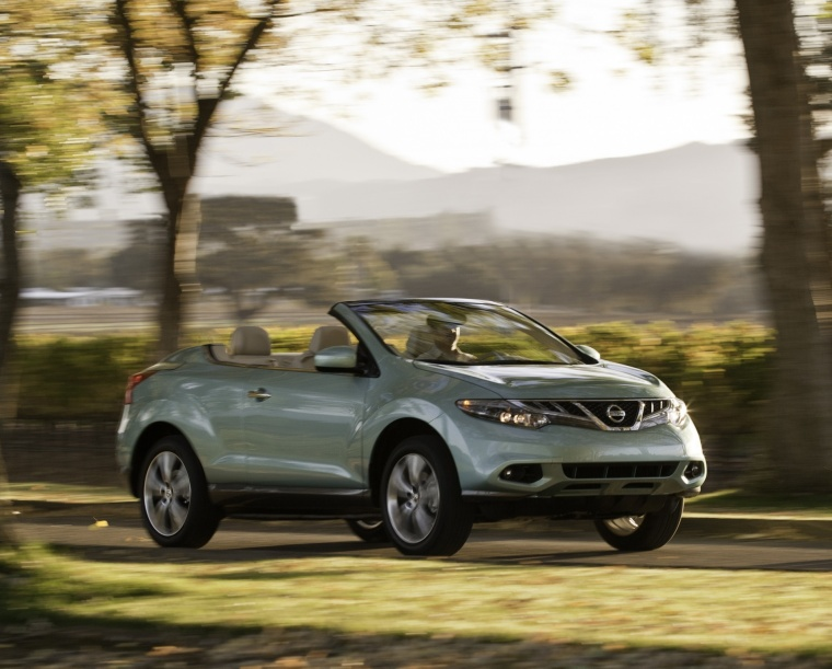 Driving 2013 Nissan Murano CrossCabriolet from a front right view