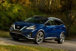 2019 Nissan Murano Platinum AWD in Deep Blue Pearl - Driving Front Left View