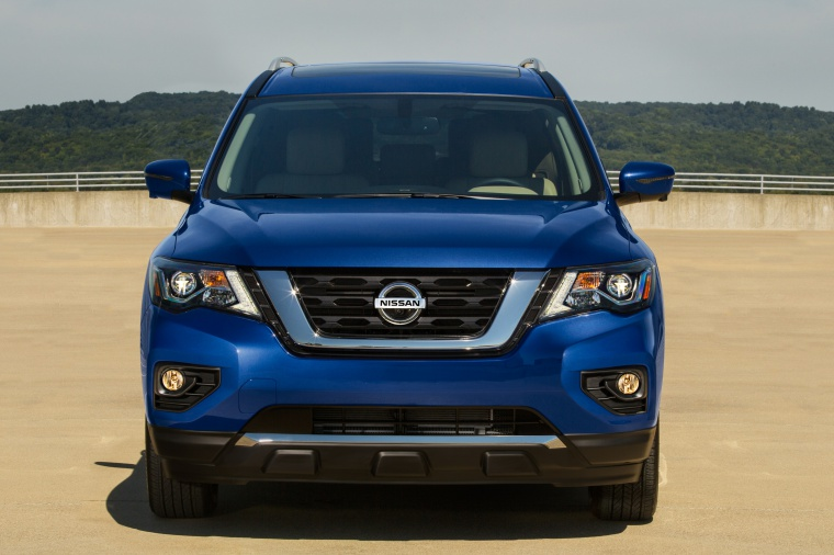 2019 Nissan Pathfinder Platinum 4WD in Caspian Blue Metallic from a frontal view