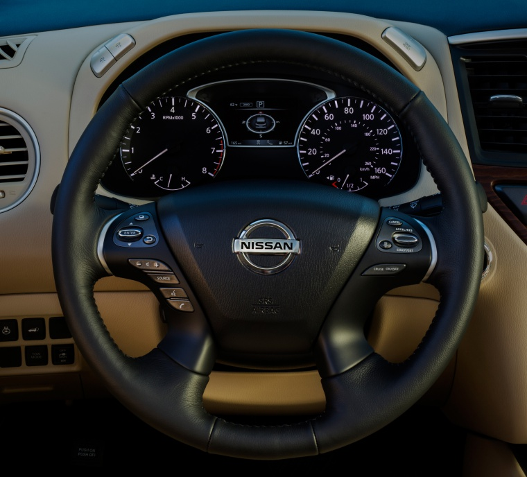 2020 Nissan Pathfinder Platinum Steering-Wheel