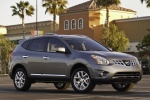 2011 Nissan Rogue SV with SL Package AWD in Platinum Graphite - Static Front Right Three-quarter View