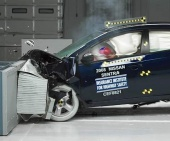 2010 Nissan Sentra IIHS Frontal Impact Crash Test Picture