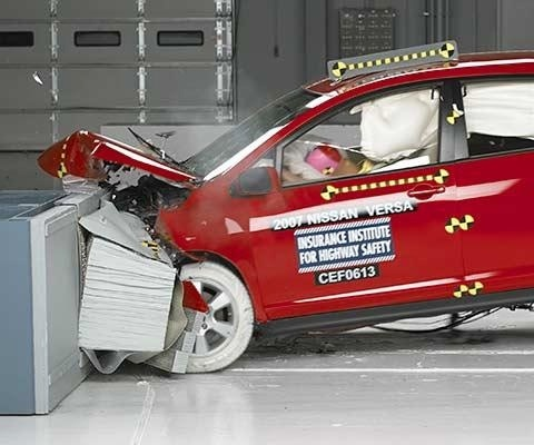 2010 Nissan Versa Hatchback IIHS Frontal Impact Crash Test Picture