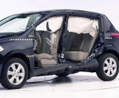 2010 Nissan Versa IIHS Side Impact Crash Test Picture