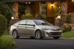 2014 Toyota Avalon Limited in Creme Brulee Mica - Static Front Right Three-quarter View