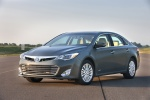 2015 Toyota Avalon Hybrid in Magnetic Gray Metallic - Static Front Left Three-quarter View