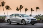 2017 Toyota Camry SE in Celestial Silver Metallic - Status Front Right Three-quarter View