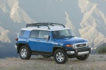 2010 Toyota FJ Cruiser - Static Front Right Three-quarter Top View