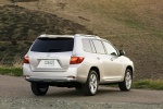 2010 Toyota Highlander in Classic Silver Metallic - Static Rear Right Three-quarter View