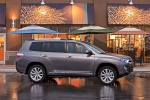 2011 Toyota Highlander Hybrid in Magnetic Gray Metallic - Static Right Side View