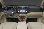 2013 Toyota Highlander Cockpit in Sand Beige