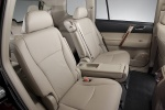 2013 Toyota Highlander Rear Seats in Sand Beige
