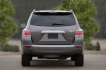 2013 Toyota Highlander Hybrid in Magnetic Gray Metallic - Static Rear View
