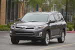 2013 Toyota Highlander Hybrid in Magnetic Gray Metallic - Driving Front Left View