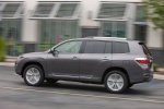 2013 Toyota Highlander Hybrid in Magnetic Gray Metallic - Driving Rear Left Three-quarter View