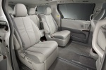 2011 Toyota Sienna Limited Middle Row Seats in Light Gray