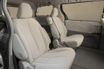 2011 Toyota Sienna LE Middle Row Seats in Light Gray