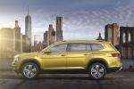 2018 Volkswagen Atlas V6 SEL in Kurkuma Yellow Metallic - Static Left Side View
