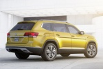 2018 Volkswagen Atlas V6 SEL in Kurkuma Yellow Metallic - Static Rear Right Three-quarter View