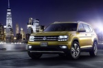 2018 Volkswagen Atlas V6 SEL in Kurkuma Yellow Metallic - Static Front Left View