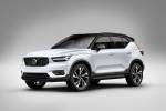 2019 Volvo XC40 T5 R-Design AWD in Crystal White Metallic - Static Front Left Three-quarter View