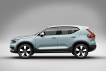 2020 Volvo XC40 T5 Momentum AWD in Light Blue - Static Side View