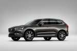 2018 Volvo XC60 T6 AWD in Pine Gray Metallic - Static Front Left Three-quarter View