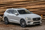 2018 Volvo XC60 T8 eAWD in Crystal White Metallic - Static Front Right View