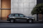 2018 Volvo XC60 T6 AWD in Pine Gray Metallic - Static Right Side View